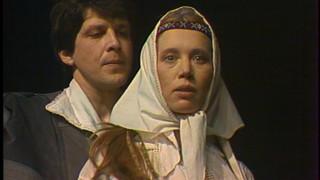 «Teātris.zip» īpašā izlase: Valmieras teātra «Pūt, vējiņi!» Māras Ķimeles režijā (1985)