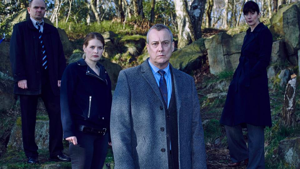 """LTV1 ēterā ar spraigiem notikumiem noslēgsies detektīvseriāls """"Inspektors Benkss"""""""
